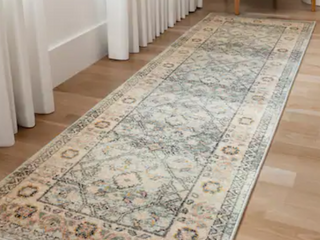 Alexander Home luxe Shabby Chic Antiqued Area Rug