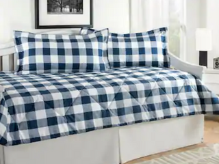 Cottage Plaid Daybed Set   King