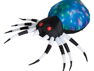 HomCom 5  Outdoor Airblown Inflatable Halloween Decoration   Giant Spooky Spider