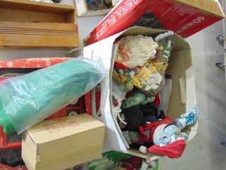 lot of Assorted Christmas Items
