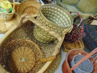 lot of Various baskets  different sizes