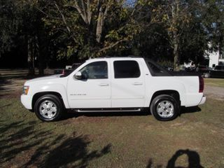 Chevrolet Avalanche with 4WD