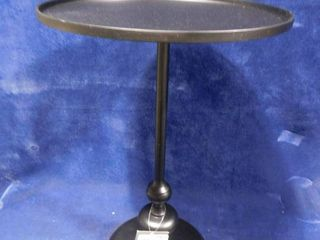 Threshold black londonberry accent table 21 7 8in H X 14 3 4in in dia