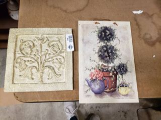 lot of 2 Decorative Wall Hangings