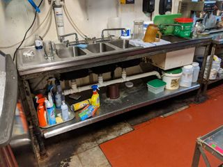 Sink  Contents Not Included  Buyer Responsible For Removal