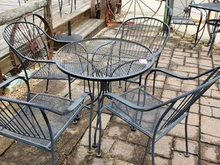 30in Patio Table With 4 Chairs
