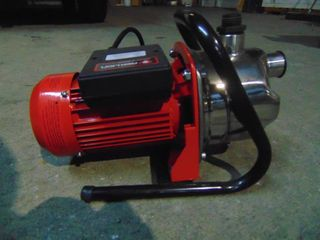 RED lION PORTABlE SPRINKlER TRANSFER PUMP  NEW AND UNUSED