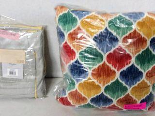 84 x 50  Salem Polyoni Pintuck light Filtering Window Curtain Panel  1    Bonus Indoor Outdoor Colorful Pillow  14  x 14