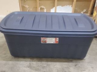 Rubbermaid 50 Gallon Roughneck Storage Tote Durable  Reusable  Plastic Storage Bin