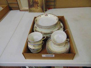 H C Selb Bavaria Heinrich   Co  China Pieces