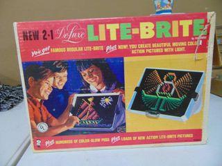 lITE BRITE Set in Box  Incomplete
