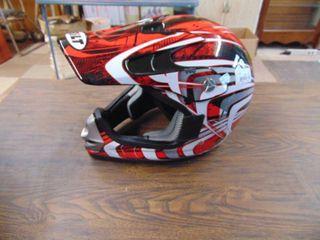 BilT Child s Helmet