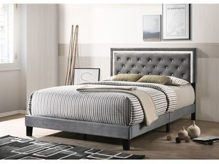 Best Quality Furniture  Velvet Faux Crystal Tufted Queen Bed with Faux Crystal Studded Border  Retail 261 99