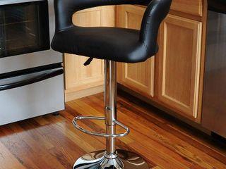 AmeriHome Black  Adjustable Swivel Bar Stool