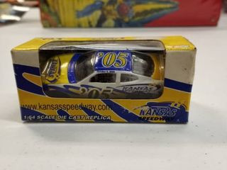Kansas Speedway NASCAR number 05