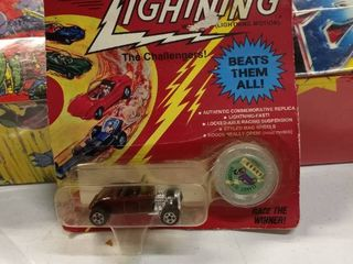 1 64 Johnny lightning 1932 Roadster   limited  02068  Series  b  Silver Coin