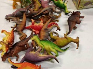 lot of dinosaur play figures