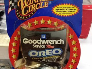 Winner s Circle Race Hood Collection Goodwrench Service Oreo 3