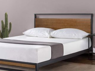 Zinus Suzanne Metal and Wood Queen Platform Bed with Headboard   Retail 296 99