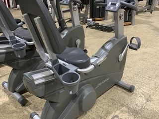 life Fitness 95Ri Commercial Recumbent lifecycle