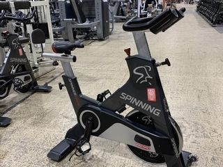 Star Trac Blade Commercial Spin Bike R700