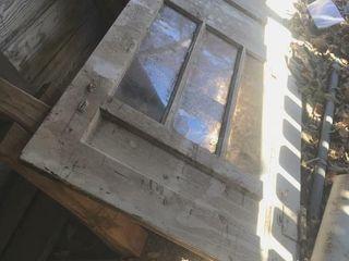 32 inch door and Wood