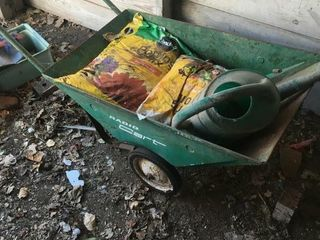 Metal Radio lawn cart