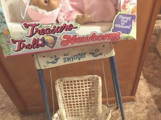 Doll and swinger