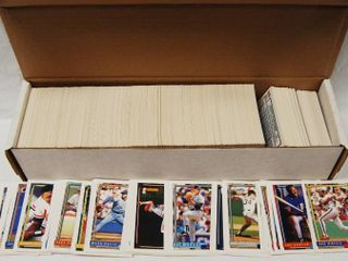 Collection of 1992 Topps Baseball Cards  w Box