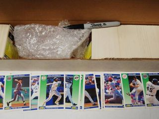 Collection of Baseball Cards w Box  Fleer  See Photos