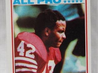 1982 Topps Football Rookie Card  486 Ronnie lott   in Plastic Holder