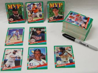 Collection of Baseball Cards   Astras  Braves  and More  See Photos