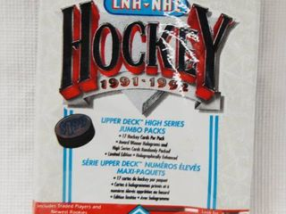 Vintage Collection   1 Pack of lNH NHl Hockey Cards  1991 1992  Upper Deck  In Original Packaging