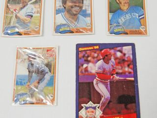 lot of 5 Baseball Card   4  Packages  Still in Original Packaging  and  1  Donruss 1986 Baseball Card