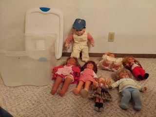 Tub of Dolls