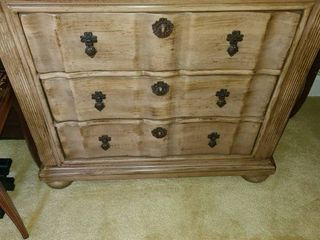 HENREDON REGISTRY  3 Drawer Chest