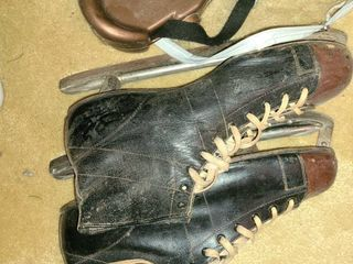 Mens Ice Skates  Size 12