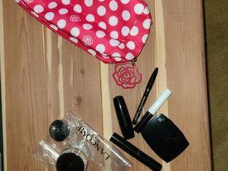 lANCOME  Make up with bag