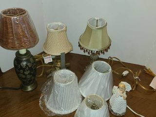 4 Small Table lamps with extra lamp Shades
