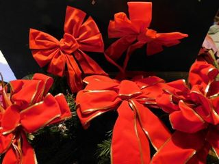 Red Bows   Pine Greenery