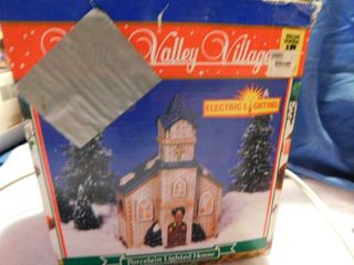 Winter Valley Village Porcelain House