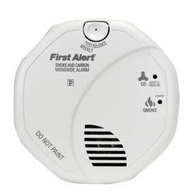 Hardwired Smoke   Carbon Monoxide Detector First Alert SC7010BPVCN with Voice location and Battery Backup  batteries not included