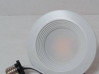 Extra Bright White Round Dimmable Recessed Retrofit Downlight by Utilitech Color Changing Intergrated lED 4  90 Watt Equivalent   fits housings 4 inch