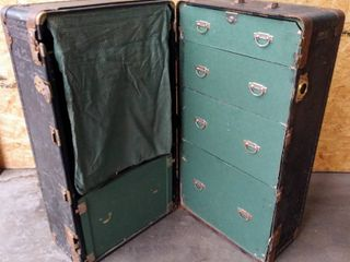 1920 s Hartmann Cushion Top Wardrobe Trunk  40  W x 21 5  D x 22  H
