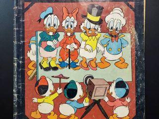 Walt Disney s Duck Album No  686
