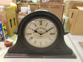 Colonial Clock Co  Mantle Clock