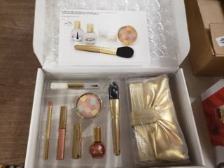 Joan Rivers Beauty Golden Glow Collection 7 Piece Kit