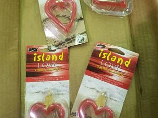 lot of 4 Island love  Exotic Scents