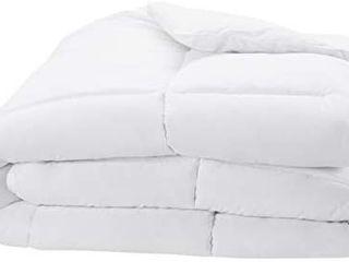 Visit the AmazonBasics Store 4 7 out of 5 stars 2 868Reviews AmazonBasics Down Alternative Bed Comforter  Full   Queen  White  light