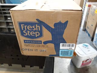 Fresh Step Advanced Simply Unscented Clumping Cat litter  Recommended by Vets   37 Pounds  Package May Vary